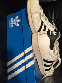 superstar size 7 adidas  Whitby, L1R 2L9