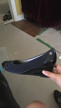 Size seven wedged heels Mississauga, L5M 5E6