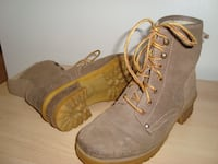 Transit Brown Suede Ankle Boots Ladies Size 6.5-7 - $20 Mississauga
