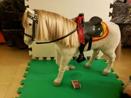 American girl saige's horse picasso & saddle set