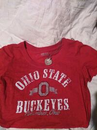 Ohio State shirt-size small and necklace Columbus, 43224