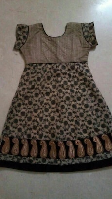 black and brown paisley kurti