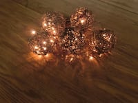 Grapevine Balls with Lights - New In Box 66 km