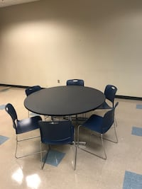 round black wooden table with four chairs Lindale, 30147