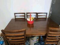 Dining table  Rockville, 20852