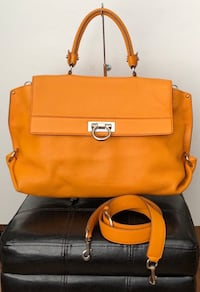 Authentic Salvatore Ferragamo Sofia/Gancini 2 way Crossbody/Handbag All Leather  $2000 West Covina, 91792