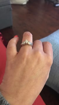 Diamond and white gold engagement ring. comes with appraisal. Size 4 3/4 Summerville, 29485