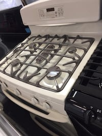 GE gas stove 5 burner good condition  Woodbridge, 22192