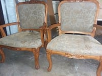 2 matching wood chairs  Missouri City, 77489