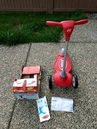 Practically new Radio Flyer Scooter Surrey, V3X