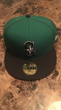 green and black New Era 59fifty fitted cap Bothell, 98012