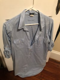 gray button-up shirt Frederick, 21701