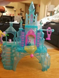 my little pony castle with music and dragon Alexandria, 22310