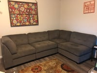 Grey sectional couch Redmond, 97756