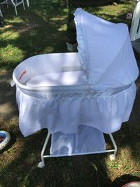 white and gray camping chair Oceanside, 11572