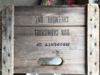 Antique wooden crate  Aurora, L4G 7H2