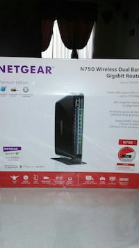 Netgear N300 wireless router box Phoenix, 85033
