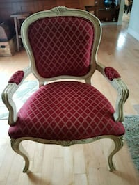 French provencal solid wood padded armchair  527 km