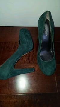Nine West Suede High Heels Toronto, M4C 1J8