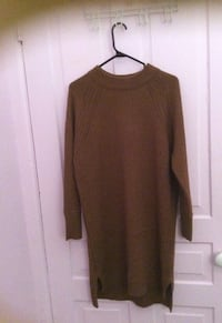 brown crew-neck knit sweater Windsor, N9A 3B7