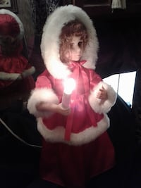 """NOW $30 from $50 *** 24"""" ANIMATED CHRISTMAS CAROLLER with LIGHTED CANDLE*IF AD'S UP, IT'S STILL AVAILABLE"""