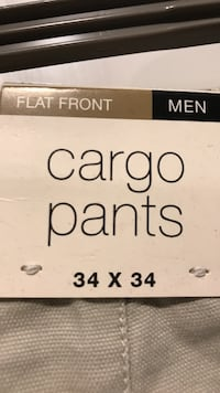 GAP cargo pants flat front, new with tags Toronto, M6C 1R5