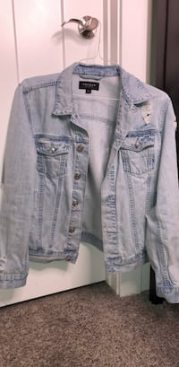 Denim jacket in light wash distressed South Jordan, 84095
