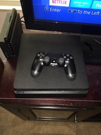 PS4 Slim Bundle - 500GB - CASH ONLY - Includes RDR2