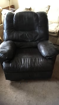 Leather recliner Ocala, 34481