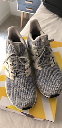 Pair of gray/blue adidas ultra boost Rockville, 20850