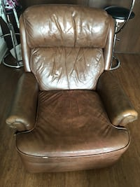 Brown Leather Recliner Englewood, 80113