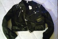 black leather zip up jacket Medway, 02053