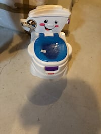 baby training toilet and changing mattress  Mississauga, L5M 0V2