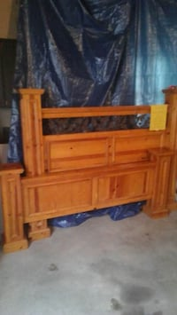 Solid wood and wrought iron queen bed Holland, 49424