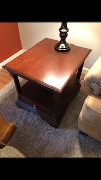 Coffee table, 2 end tables Frederick, 21701