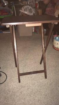 10$ for both combined 2 foldable eating tables Glen Burnie, 21060