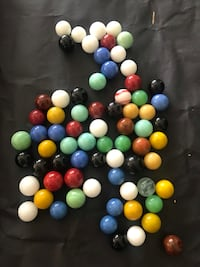 Small vintage glass marbles Ottawa, K0A 3H0