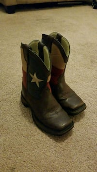 Texas boots kids size 10.5! Houston, 77065