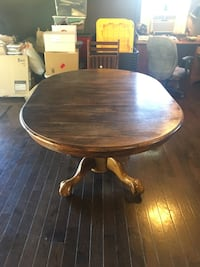 Round wood table with leaf Nashville, 37218