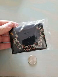 Small new red necklace  Kelowna, V1P 1N2