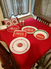 Coca cola servings trays and bowls 2250 mi