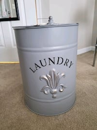 Laundry hamper with handle Herndon, 20171