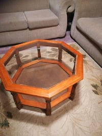 brown wooden framed glass top coffee table London, N5Z 4Z8