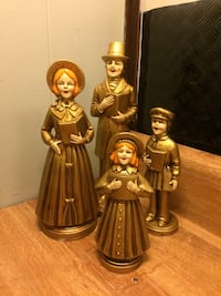 Set of four vintage caroler figurine collectibles Hummelstown, 17036