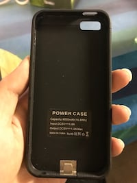 battery case for iPhone se/5s NO BIG CHAIN!! Richmond, V6Y