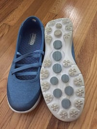pair of blue Vans slip-on shoes Toronto, M9B 5P2