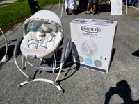 GRACO GLIDER ELITE swing and removable bouncer $40 Tampa, 33637