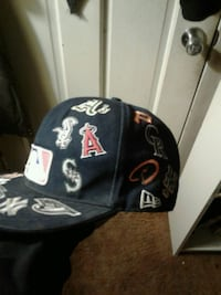 All star baseball cap fitted with every team on it.size 7-1/4