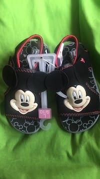 Mickey Mouse sandals Dearborn Heights, 48127