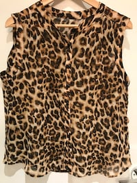Women top, size L, chest 42 inches, long 24 inches ,  Vancouver, V6B 0J5